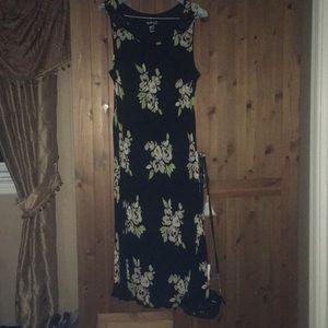 Women's 18W flower pattern black maxi dress